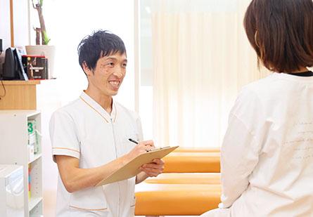 整形外科での勤務経験により、安心・安全に施術を行う。